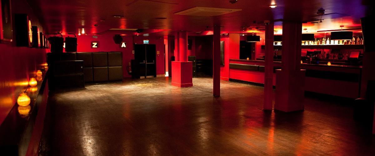the basement club pop up hire trapeze bar