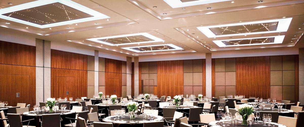 Nobel suite dining pullman london st pancras hotel - Hotel pullman saint pancras ...