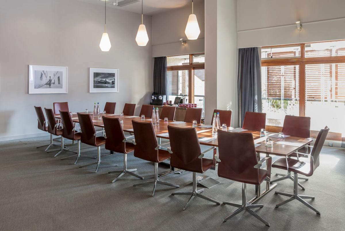 Barbican Frobisher Boardroom