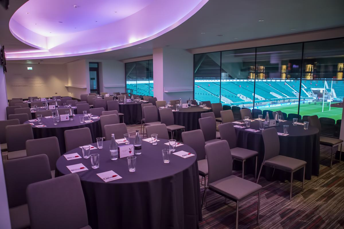 150 executive meeting rooms