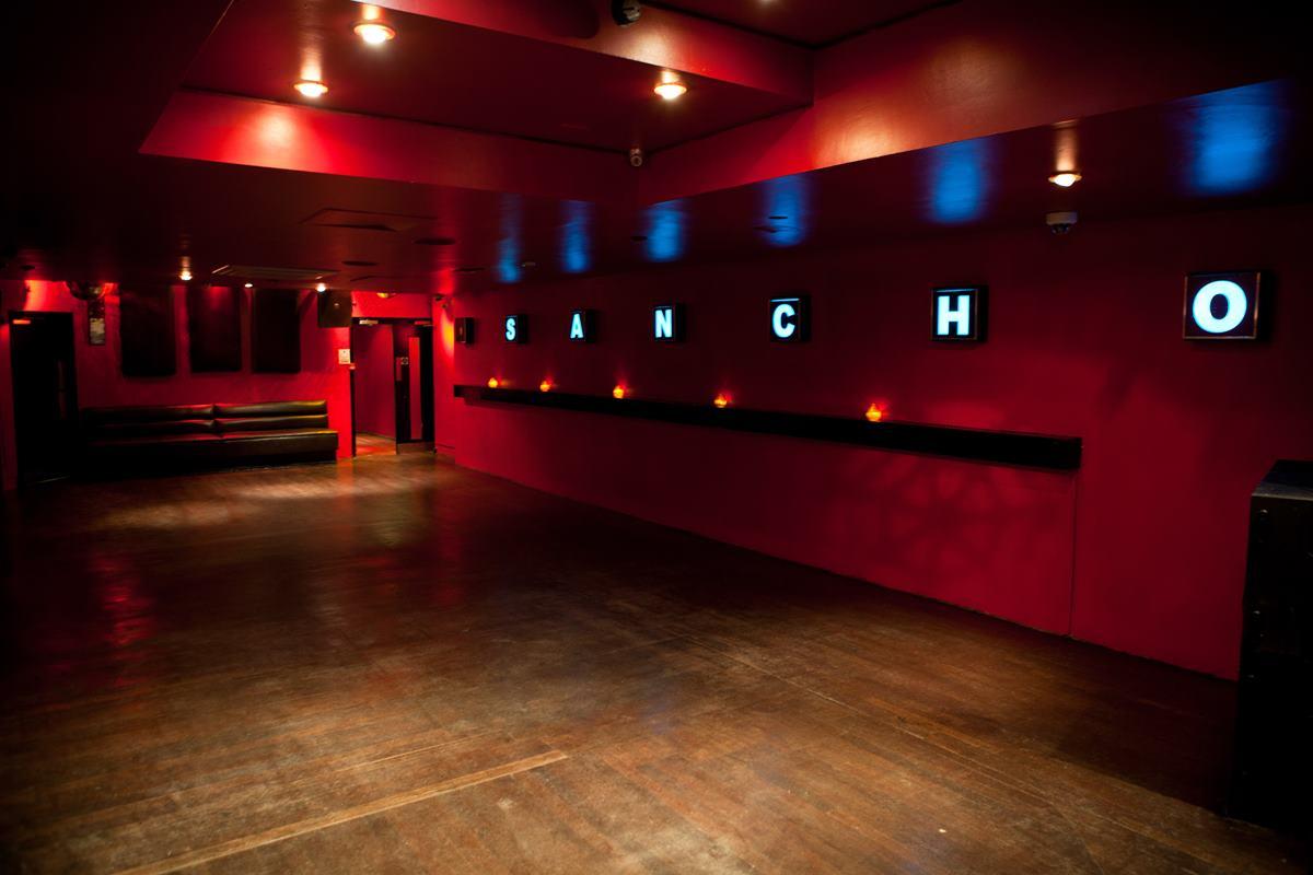 hire space venue hire the basement club at trapeze bar