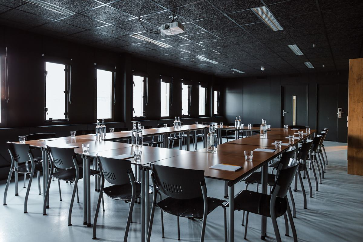 london meeting room hire Hire the living room  if you have not found a suitable meeting room at lift take a look at our four meeting rooms at platform,  london | n1 9pw.