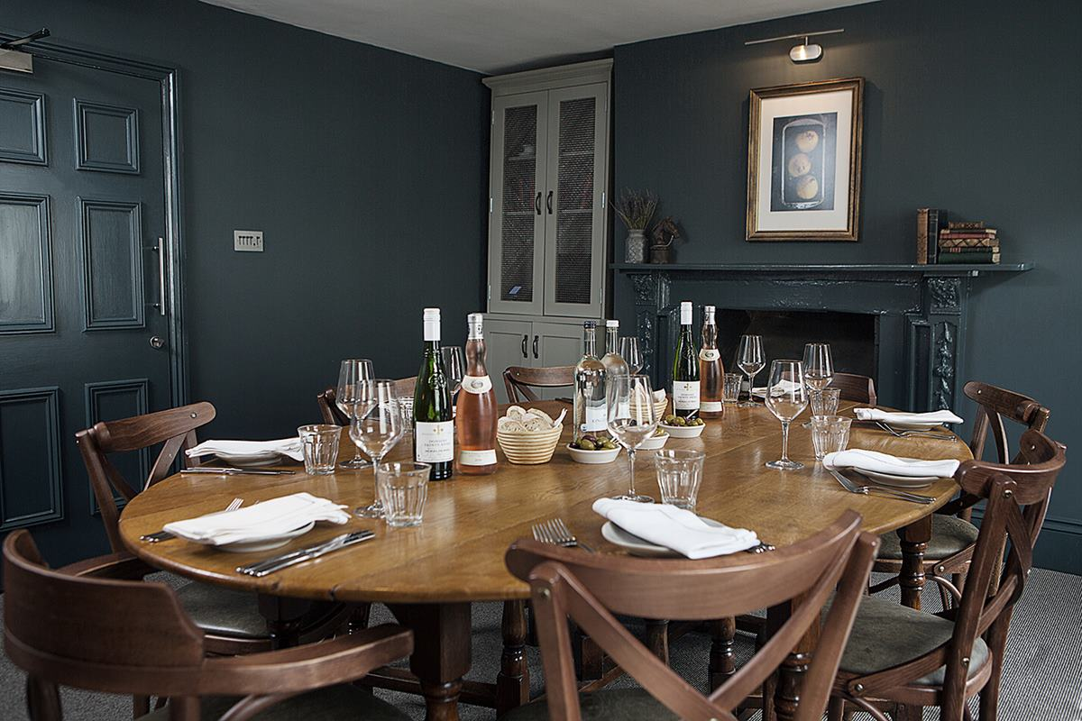 Private dining room brasserie blanc charlotte street for Restaurants with private dining rooms