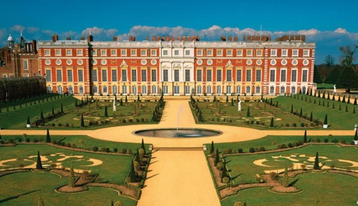 Bildergebnis für hampton court palace