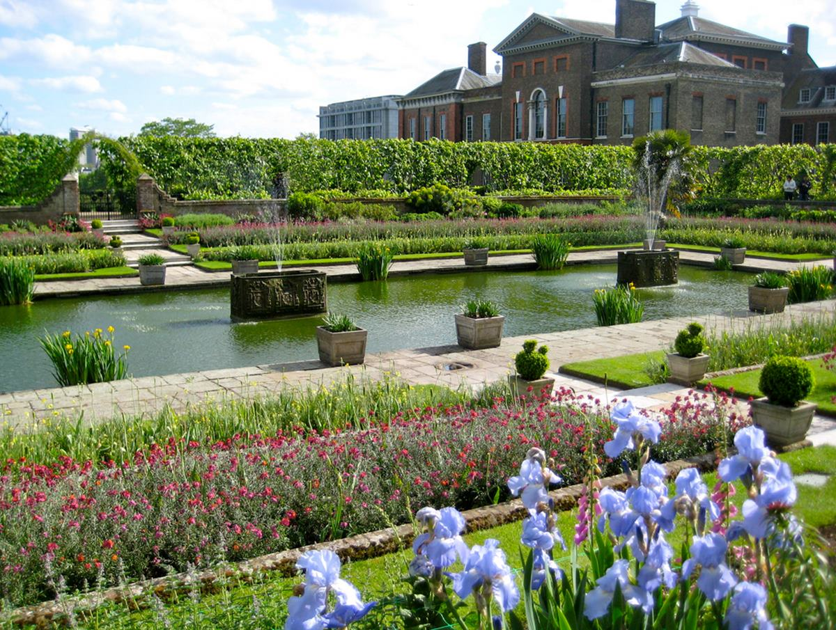 Sunken garden film and photo hire kensington palace for Garden pool hire london