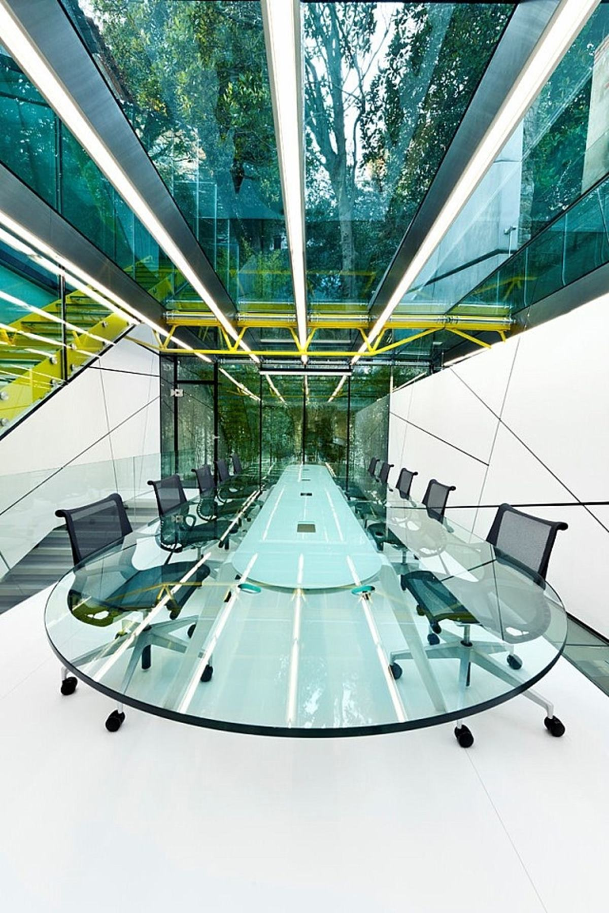 This glass chamber