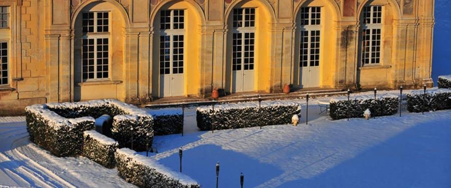 Button Original Venue: Chateau des Conde